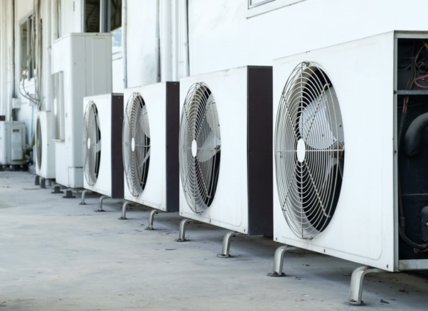 4 air conditioning units